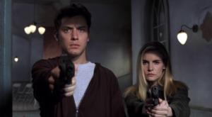 """Wacht - we zitten nog steeds in het spel - toch?"" Jennifer Jason Leigh en Jude Law in de film eXistenZ"
